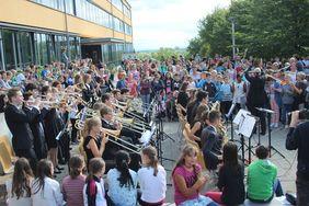 Die Big-Band sorgt für den musikalischen Rahmen. Foto: Hannah Burdack